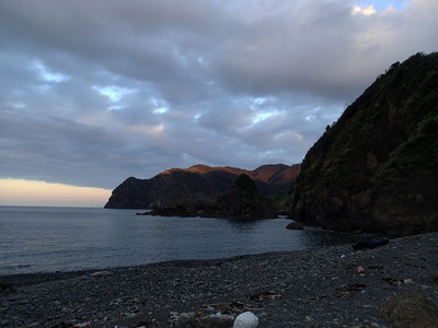 富戸の浜 二十六夜山